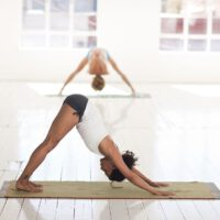 yoga-2959213_1920 pixabay